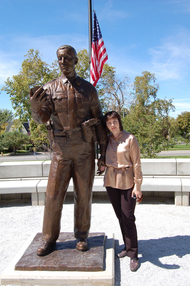 Sculptor Lena Toritch with UHP Trooper Bronze Police Memorial Statue