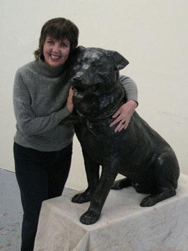 Lena Toritch and Bosco the Mayor Dog Statue